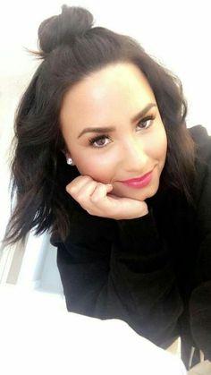 My sweetheart, Demi Lovato Cabelo Demi Lovato, Demi Lovato Makeup, Beauty Make-up, Hair Beauty, Selena Gomez, Demi Lovato Style, Demi Lovato 2018, Demi Love, Demi Lovato Pictures