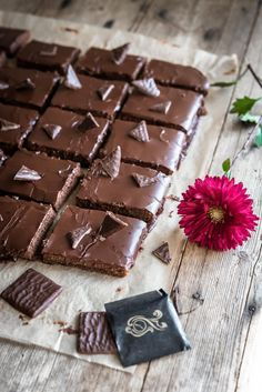 After Eight -mokkapalat - Perinneruokaa prkl Blondie Brownies, Just Eat It, Let Them Eat Cake, Baking Recipes, Sweet Tooth, Brunch, Food And Drink, Sweets, Candy
