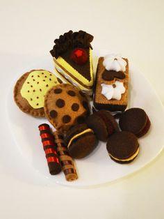 Csokis-vörösáfonyás filc sütik | Textilország webshop