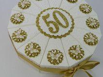 Goldene Hochzeit Torte mit Schmetterlingen