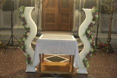 labades typoy diplo s Greek Wedding, Chair, My Style, Table, Furniture, Wedding Ideas, Home Decor, Grecian Wedding, Decoration Home