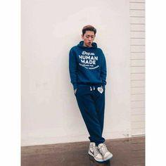 Block B, Rapper, Zico, Fine Men, Pop Fashion, Boy Outfits, Hip Hop, Boyfriend, Graphic Sweatshirt