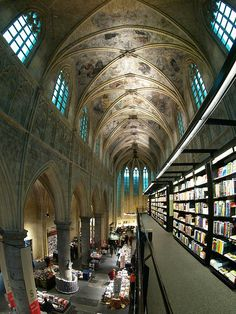 The Heavenly Bookshop, Maastricht. An old church has been converted into a bookshop (Selexyz Dominicanen), Netherlands.