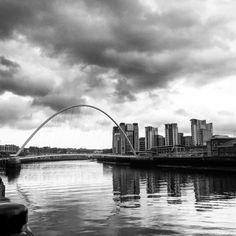cladelcroix:  Newcastle upon Tyne à l'horizon  N'hésitez pas...