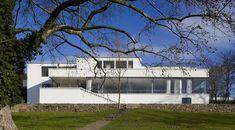 villa Tugendhat de Mies van der Rohe, ha recuperdo su aspecto original gracias a una meticulosa restauración que ha durado dos años y que ha costado 8 millones $