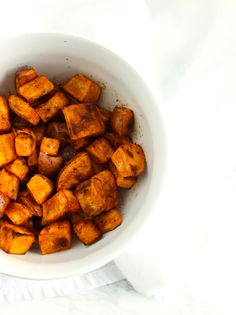 Simple Roasted Sweet Potatoes are a super simple, healthy and delicious side dish that goes with any meal! (gluten-free, vegan) via livelytable.com