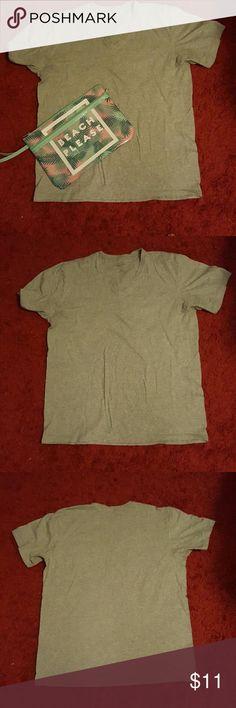 Calvin Klein t-shirt Gray V-neck short sleeve Calvin Klein t-shirt Calvin Klein Tops Tees - Short Sleeve
