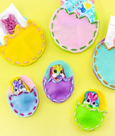 Hey All! We're kicking off Easter with these super easy to make and cute DIY Easter Egg Treat Pouches! You can make these in ...