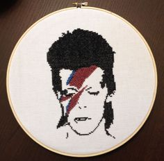sublime-stitches:  I made this a couple years ago and it seemed appropriate to post it today. Bowie has had such a huge impact on my life, I don't think I can even properly put it to words. I can't believe he's gone.
