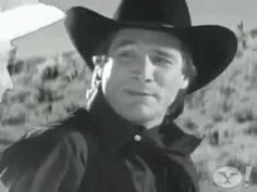 Clint Black and Roy Rogers - Hold on partner .the old black white westerns in the video. Country Music Videos, Country Songs, Black Hold, Black White, Music Stuff, Music Songs, Dale Evans, Hee Haw, Country Musicians