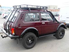 Lada Niva: 4x4 - I want one!!!