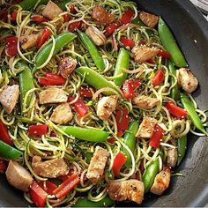 ✨Asian Zucchini Noodle Stir-Fry✨ . Made by @CleanFoodCrush ❤️ follow her @CleanFoodCrush . 4-6 servings  Ingredients: 1/2 cup chicken or vegetable broth 2 Tbsp low sodium soy sauce, coconut aminos, or Braggs liquid aminos, divided  2 tsp potato starch, or cornstarch 3 Tbsp olive oil, divided 1 Tbsp minced garlic 1 tsp minced fresh ginger 1-1.5 lb chicken tenders, diced 1 large red bell pepper, chopped  1/2 cup sliced red onions 1.5 cups sugar snap peas 2-3 medium zucchini, cut into noodles…
