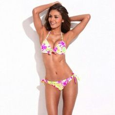 Shop Floral Blooming Pattern Push-Up Halter Top & Side-tie Bikini Set online. SheIn offers Floral Blooming Pattern Push-Up Halter Top & Side-tie Bikini Set & more to fit your fashionable needs. Sexy Bikini, The Bikini, Bikini Swimwear, Halter Tops, Plus Size Swimsuits, Women Swimsuits, Bikinis 2016, Women's Dresses, Bikini Floral