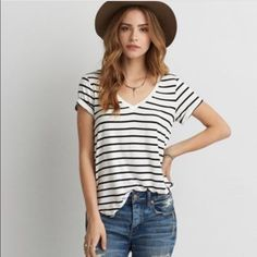 Striped tee Rarely worn, super comfortable. Part of the soft&sexy collection American Eagle Outfitters Tops Tees - Short Sleeve
