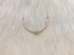 Diamond Mangalsutra, Gold Mangalsutra Designs, Gold Jewellery Design, Diamond Necklace Simple, Gold Jewelry Simple, Lockets, Necklace Designs, Jewelery, Diamonds