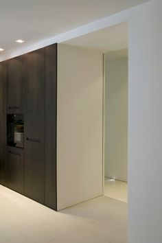 Open space kitchen, the apartment G in Italy by Alessandro Puglisi _