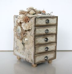 Mini Drawer Chest   MATCHBOXES