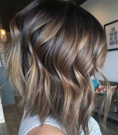 Fall hair. Dimensional brunette bayalage @mikaatbhc