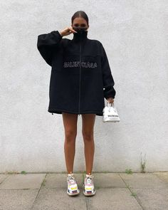 oversized sweater - How To Be Trendy Mode Outfits, Trendy Outfits, Fashion Outfits, Womens Fashion, Fashion Tips, Moda Oversize, Looks Style, Style Me, Mode Instagram