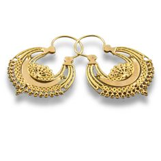 #Portuguese old filigree earings. I have these! There were given to me by my avozinha when I was born!