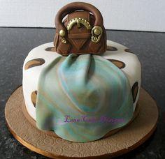 Bolo onça (fashion cake)
