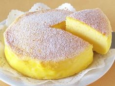 """The Whole World Is Crazy For This """"Japanese Cheesecake"""" With Only 3 Ingredients! My Recipes, Mexican Food Recipes, Cake Recipes, Round Cake Pans, Round Cakes, Japanese Cheesecake 3 Ingredients, Cheese Dishes, Biscuit Cake, Homemade Desserts"""