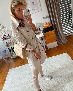 Karolina Franek (@karola_franek) • Instagram photos and videos Trench, Spring Summer, Photo And Video, Coat, Videos, Photos, Instagram, Pictures, Sewing Coat
