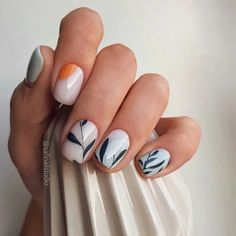 White nails are the standard for girls in summer. If you like white nails, the more than 80 white nail design ideas here may surprise you this summer. Stylish Nails, Trendy Nails, Cute Nails, My Nails, Acrylic Nail Designs, Nail Art Designs, Acrylic Nails, Short Nail Designs, Marble Nails