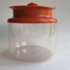 VTG TUPPERWARE SMALL ORANGE TOP ACRYLIC CANISTER PUSH BUTTON LID 1479 3 3/4 CUP