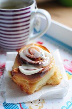 Cinnamon rolls4 (1)