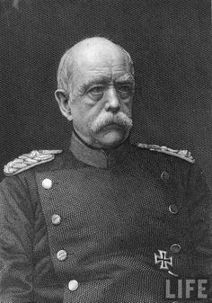 Otto Von Bismarck Otto Von Bismarck, Queen Victoria, Old Pictures, Warfare, Geography, World War, Empire, Alternative, Germany