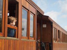 Train Baie de Somme France, Countryside, Places To Visit, Journey, Windows, Explore, Adventure, Train Trip, Family Travel