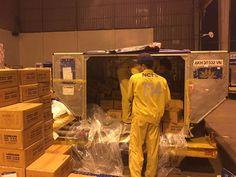Vietnam Airlines chuyển 30 tấn lương khô cứu trợ khẩn cấp cho miền Trung