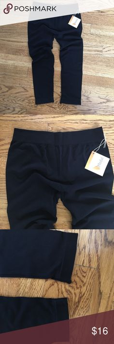 Boutique Quality Modal Leggings Capri Length Capri Length Modal leggings purchased from Jessa Kae boutique. Size small. Modal is the best material for leggings-extremely soft and high quality. Could even be use for workouts. THESE ARE CAPRI LENGTH! Emma's Closet Pants Leggings