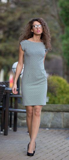 Sukienkowo.pl - Elegancka ołówkowa sukienka biurowa