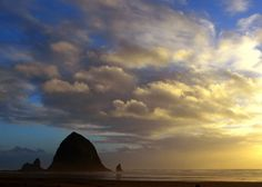 10 Reasons Cannon Beach, Oregon is a Great Beach Town (Haystack Rock is #2).