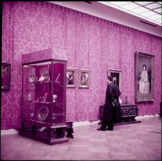 The Metropolitan Museum of Art, Paintings Gallery 27: The Lehman Collection; With people. Photographed in 1955. Image © The Metropolitan Museum of Art
