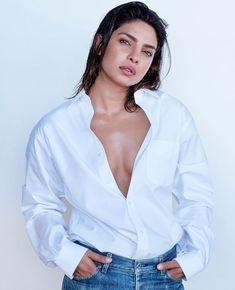 Priyanka Chopra Hot and sexy Indian Bollywood actress deshi models very cute beautiful seducing tempting photos and wallpapers with bikini b. Priyanka Chopra Sexy, Actress Priyanka Chopra, Bollywood Actress, Bollywood Stars, Indian Bollywood, Bollywood Fashion, Most Beautiful Indian Actress, Beautiful Actresses, Hot Actresses