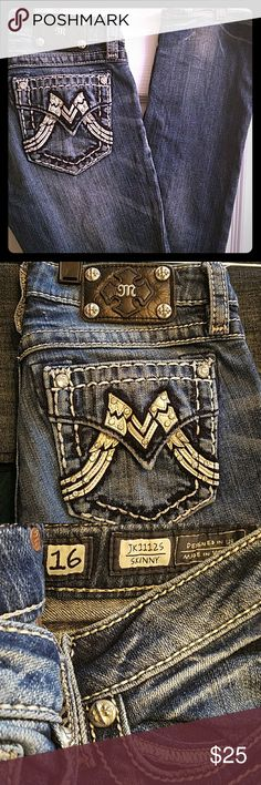 Miss Me jeans Miss Me jeans Girls sz16 29L ... Beautiful light denim skinny jeans. Stylishly embellished with white leather and stones.  Pair with a white shirt. Slight Distress at the bottom left leg. Price reflects imperfection. Miss Me Jeans Skinny