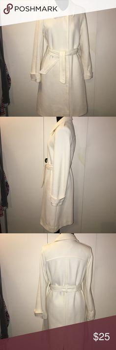 Old Navy Cream coat small Small coat Old Navy Jackets & Coats Trench Coats