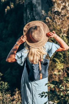 Keep looking for new places to make your heart smile. Ootd Fashion, Pretty Little, Spring Outfits, Cowboy Hats, Asos, Wanderlust, Smile, Make It Yourself, Heart