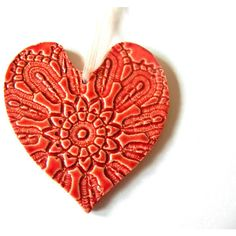 Red Heart Ceramic Christmas Ornament Wedding Gift Vintage Lace Pattern... (£9.61) ❤ liked on Polyvore featuring home, home decor, holiday decorations, vintage plates, heart plates, ceramic plates, heart shaped plates and handmade ceramic plates