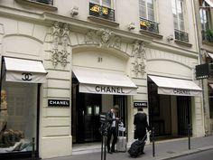 Chanel boutique @ 31 Rue Camb... - Chanel Office Photo   Glassdoor