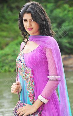 Beautiful Blonde Girl, Beautiful Girl Photo, Beautiful Girl Indian, Beauty Full Girl, Beauty Women, Baby Girl Dresses Fancy, Pretty Zinta, Most Beautiful Bollywood Actress, Indian Actress Hot Pics