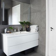 15 Trendy bathroom cabinets over toilet kitchens Boho Bathroom, Bathroom Styling, Bathroom Interior Design, Modern Bathroom, Large Bathrooms, Grey Bathrooms, Small Bathroom, Bathroom Vanities, Bathroom Furniture
