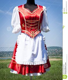 costume « à la hongroise » trad