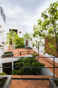 Imagen 19 de 40 de la galería de Apartamento en Binh Thanh / Sanuki Daisuke architects. Fotografía de Hiroyuki Oki