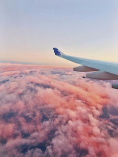 18 ideas travel airplane window for 2019 travel aesthetic, pink aesthetic, adventure Sky Aesthetic, Travel Aesthetic, Summer Aesthetic, Airplane Window, Airplane View, Airplane Photography, Travel Photography, Swimming Photography, Window Photography