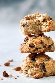 Simple Vegan Rock Cakes - Healthy 'n Happy