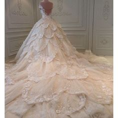 Cheap bling bridal gowns, Buy Quality bridal gown directly from China beaded wedding dress Suppliers: Luxury Michael Cinco Wedding Dress A Line Applique Beaded Wedding Dresses Long Train Custom Made Dubai Bling Bridal Gowns Crystal Wedding Dresses, Bridal Wedding Dresses, Dream Wedding Dresses, 2017 Wedding, Tiered Wedding Dresses, Fairy Wedding Dress, Crystal Dress, Fairytale Dress, Bridesmaid Dresses